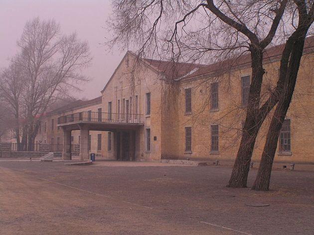 再建された建物(1号棟)