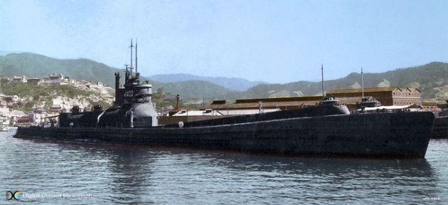 巨大潜水艦「伊400型」