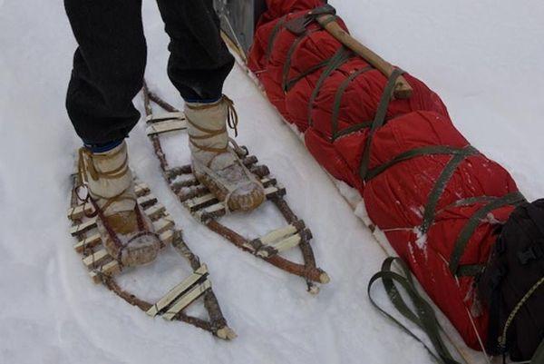 雪の靴...スキーリフトとスキー工具禁輸のせい...彼らは他のアイデアを持っている ....これだ !