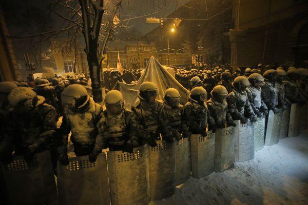 キエフ.....12月9日/2013