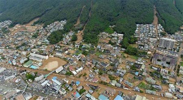 「気が付いたら庭で泥まみれ !」…広島市安佐南区の土砂崩れ ...