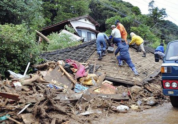 地震の災害発生時に自衛隊よりも先に被災地へ入り