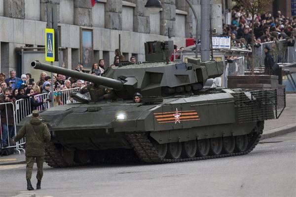 ロシア軍の最新鋭戦車T14アルマータ