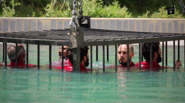 人質の生きて溺死.....( 2 )
