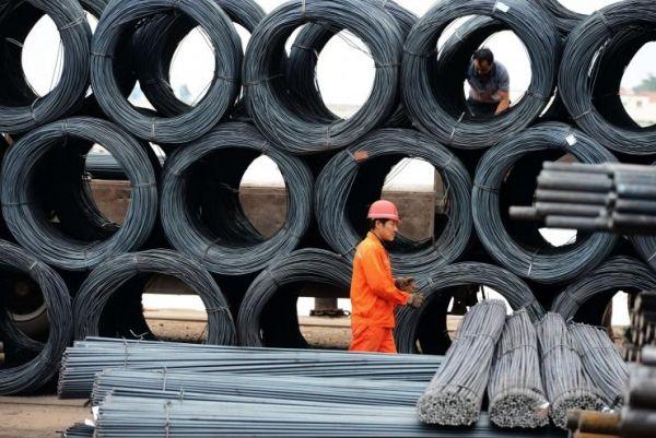 中国での鉄鋼過剰生産能力の問題