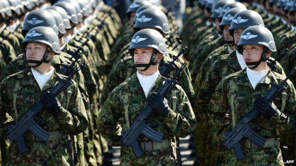 自衛隊 ! 頑張れ !!! 東日本大震災以降、国民の自衛隊への信頼は確実に高まっている !