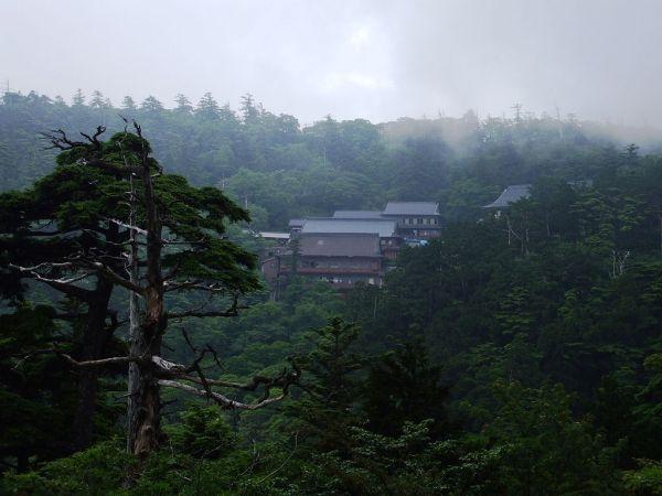 大峯山寺の宿坊