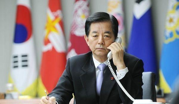韓国弱腰の国防相....韓民求