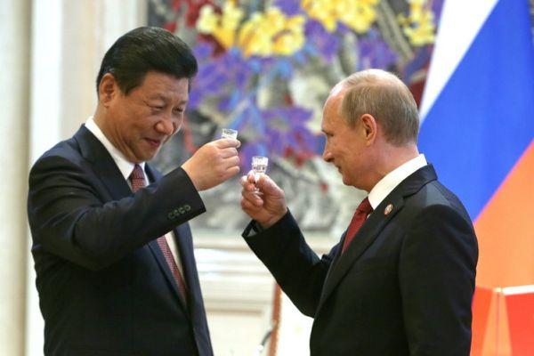 類は類を呼ぶ = 烏合の衆, 火事場泥棒の中国やロシア