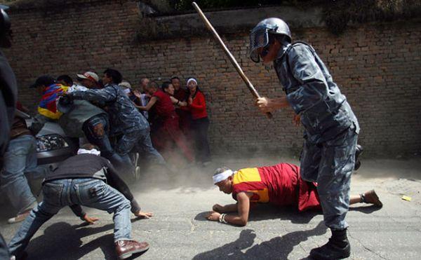 「平和維持」の中国人民解放軍