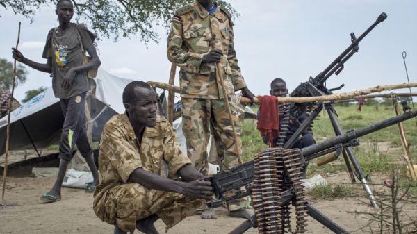 南スーダン大統領派と反政府側の衝突