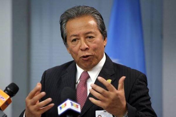 マレーシアの外務大臣 :『 てめえっ ! 馬鹿野郎っ !』
