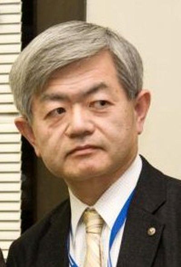荒木 和博(あらき かずひろ、1956年(昭和31年)8月8日[1] - )は、日本の評論家、政治活動家。拓殖大学海外事情研究所教授、特定失踪者問題調査会代表