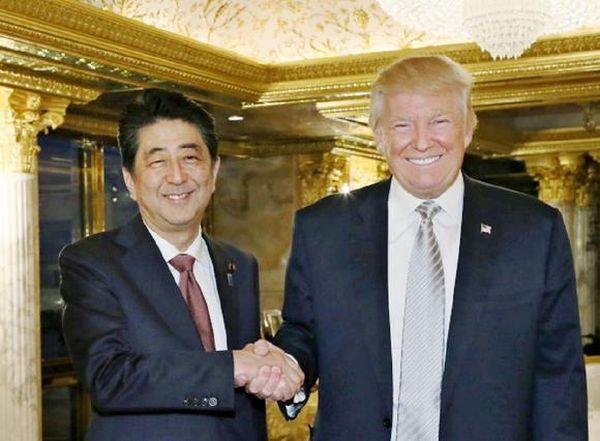 安倍晋三首相とトランプ米大統領の「戦略的蜜月」