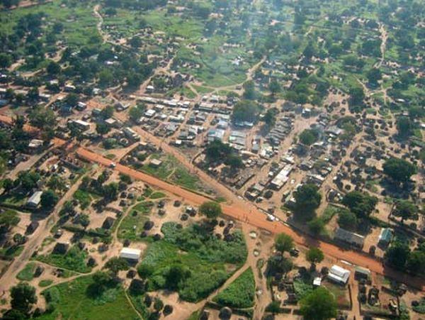 上空から見たジュバ. ジュバは、南スーダン共和国の首都。 ジュベク州の州都