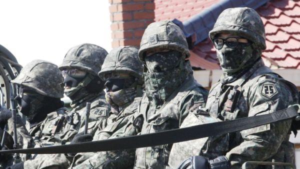 米韓両軍の合同野外機動訓練「フォールイーグル」