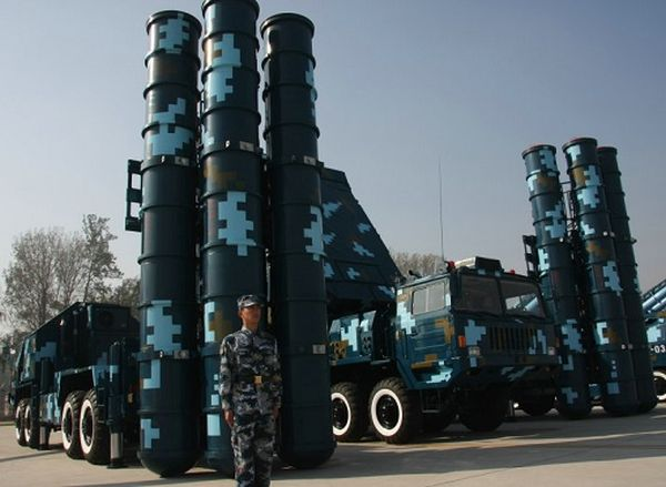 移動式のミサイル....HQ-9