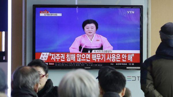 北朝鮮最新情報 :『偉大なる指導者の弾道ミサイル発射が 大成功だった....只今戦略の変更, 来週我々はマレーシアを攻撃する, アメリカに続く, あと韓国...日本, 中国も !』