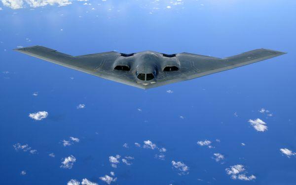 ステルス爆撃機B2「スピリット」