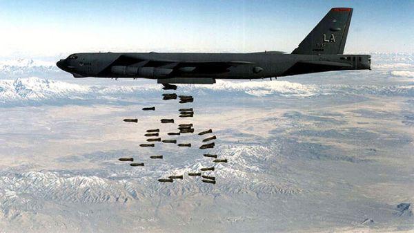 「限定空爆」