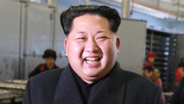 北朝鮮のデブ, 変態動物.... (*´◡`*) !