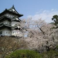 青森県の弘前城