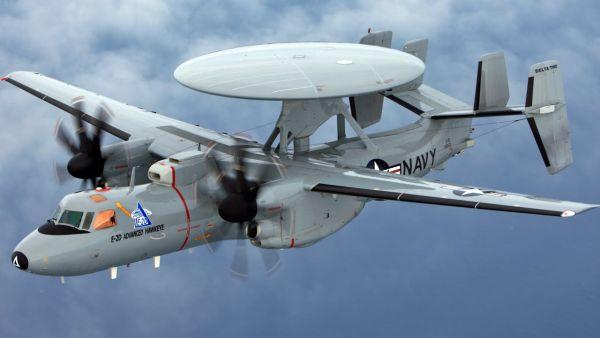 早期警戒機E-2C「ホークアイ」