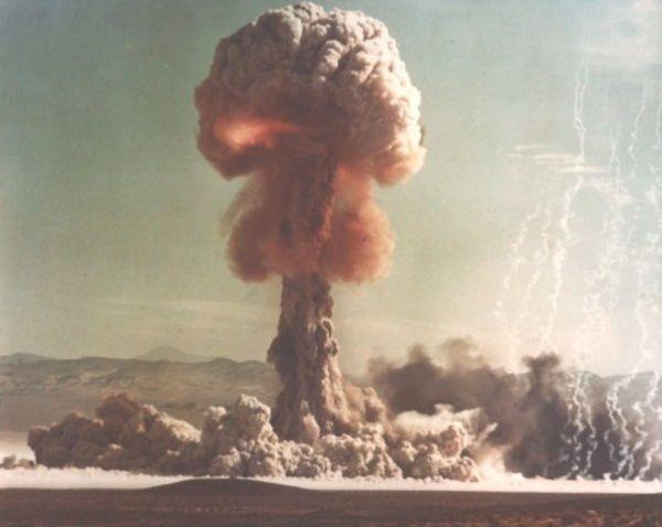 北朝鮮無謀な核・ミサイル実験