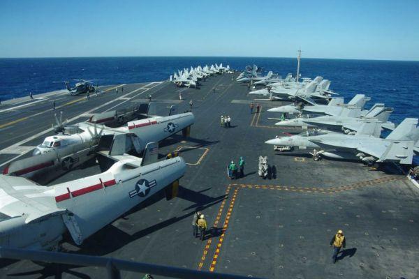 戦闘攻撃機「F/A-18」