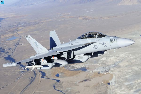 電子戦機EA-18G「グラウラー」