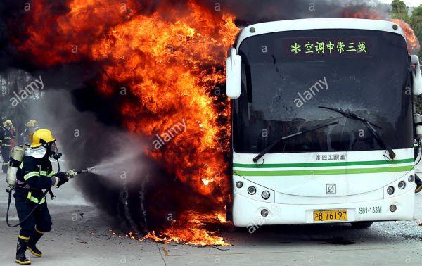 中国製の路線バスが炎上する事故が多発してい
