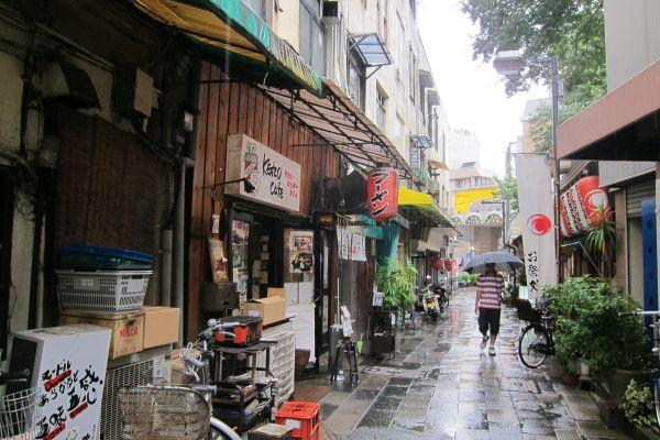 福岡県....「福岡は都合の良い都市」 密輸・現金決済…標的になりやすく