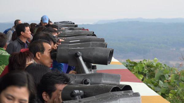 対岸からのミサイル, いつ飛んてくるかもさっぱり わからんの韓国市民たち