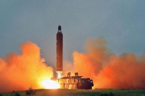 北朝鮮「ICBM2回目の発射実験に成功」.....御目出度うございます !!!