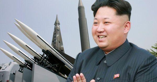 豚将軍 :『アメリカ全土....日本も....韓国も....もうすぐにも全部破壊され ! いいね ! 』
