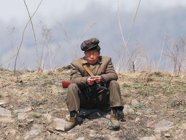 『 殿っ ! まじかい ??? 本当にアメリカと戦争に行くか ??? いい加減に !!!』