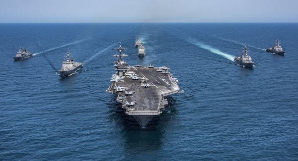 米軍...朝鮮半島周辺への空母打撃群派遣