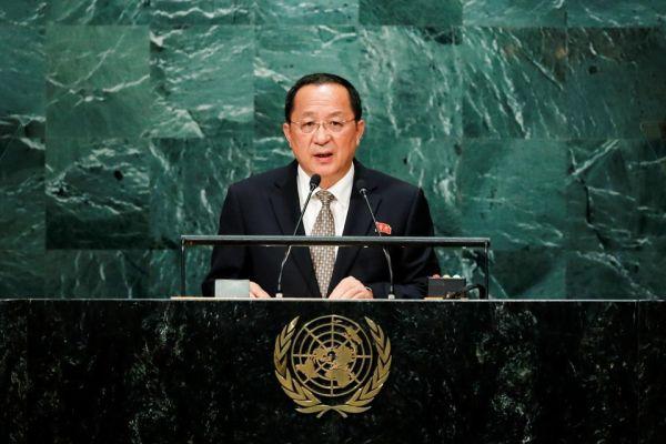 23日, 北朝鮮の李容浩外相 :『北朝鮮のミサイルがアメリカ本土全域を襲う』