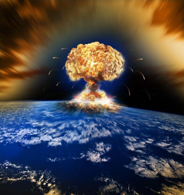 太平洋上史上最大の水爆実験....すごいじゃ ! 拍手 ! 拍手 !