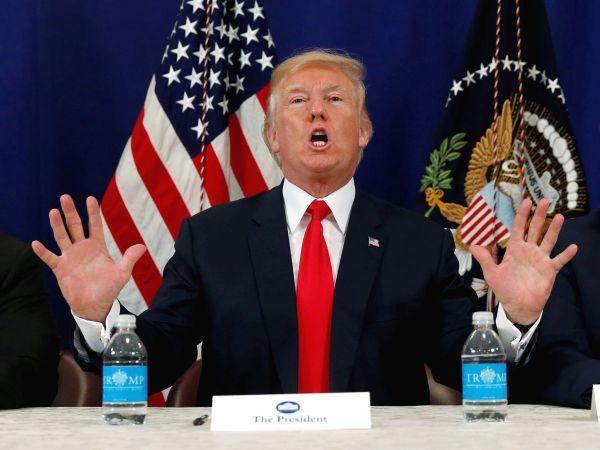 トランプ大統領 :『1つのやり方とは ? すぐわかるよ !』 President Trump :『You'll figured that out PRETTY SOON ! 』