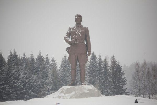 ゲリラ戦争の師匠, 北朝鮮「国民的の英雄」..... 大悪魔祖父の故金日成主席