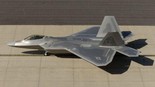 史上最強の「F22」ステルス戦闘機
