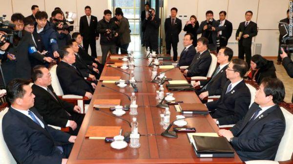 数日前, 南北首脳会で北朝鮮高官の :『われわれの核兵器はうちの「偉大なる指導者」の親友トランプ大統領の祖国アメリカを狙ったもので、韓国を狙ったものではない ! 』