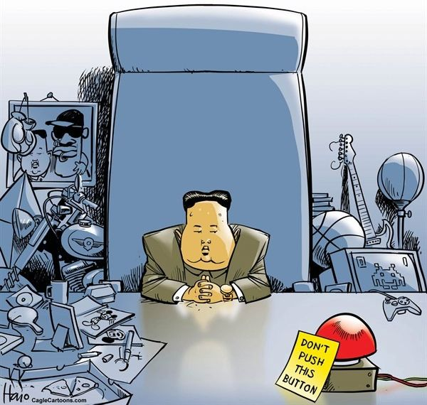 偉大なる指導者 :『核のボタンが私の机の上に常にある !』....拍手 ! 拍手 !