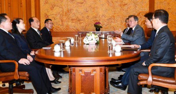 「ならず者国」北朝鮮のヨジョン姫は 一般的なの面会室「忠武室」で, Oops !