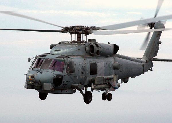 30機程度のヘリコプターを運用できる....対潜ヘリコプター SH-60