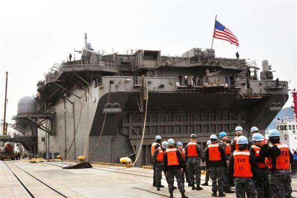 米軍の約2000人の海兵隊員を収容できるのワスプ級強襲揚陸艦, 「金豚」を震え上がらせた !