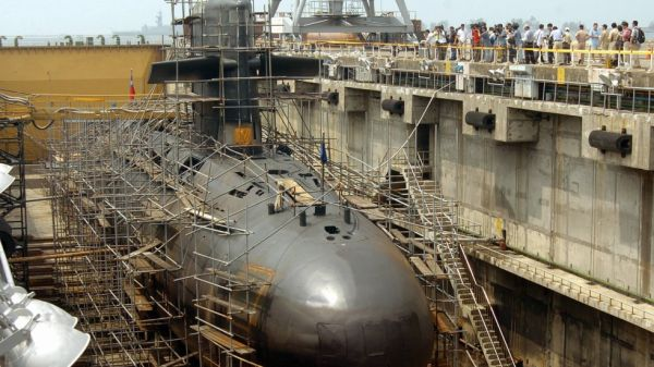 台湾潜の潜水艦製造所