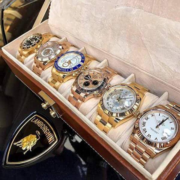 没収された時計の一部