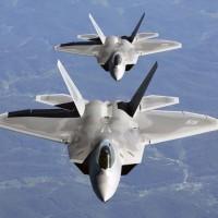 F-22ラプター....ステルス戦闘機 ! 最高 !